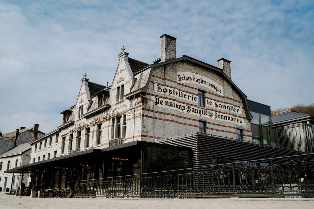 Deze afbeelding heeft een leeg alt-attribuut; de bestandsnaam is Hotel-Sanglier-des-Ardennes-1024x683.jpg
